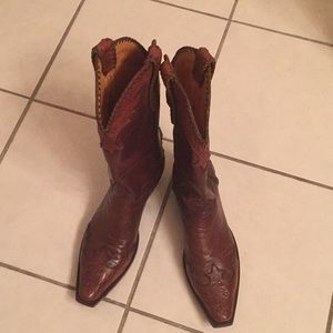 Rare tooled Old Gringo cowboy boots 9.5 D